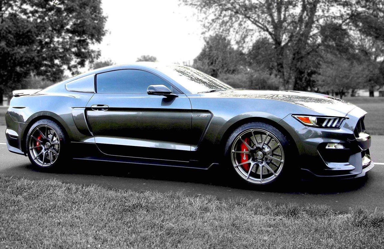 Forgeline GS1R Track Package Mustang GT350/GT350R (19-Inch)